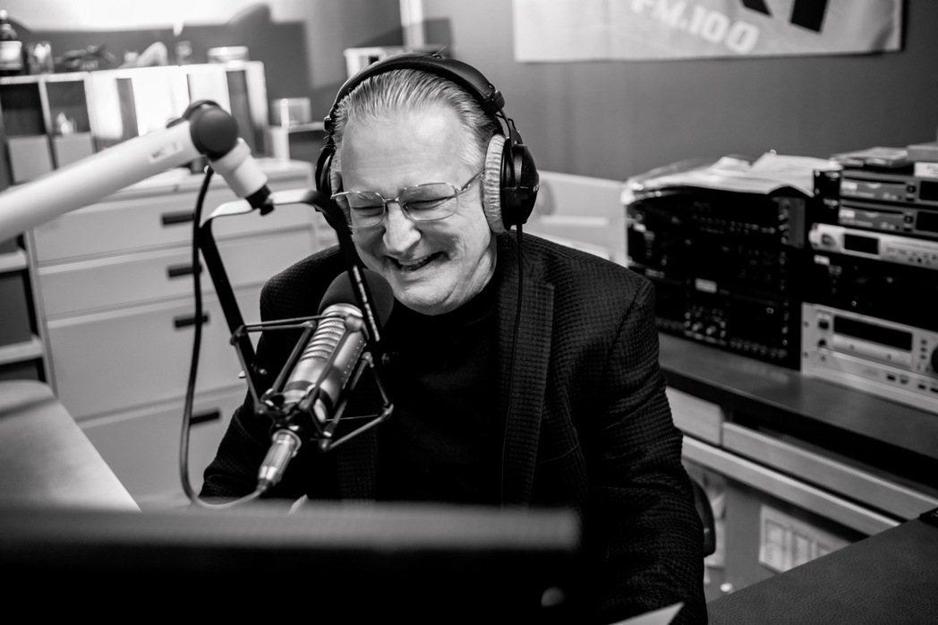 ICRT DJ Papa Paul因連日低溫引發心臟病病過世。圖/ICRT提供