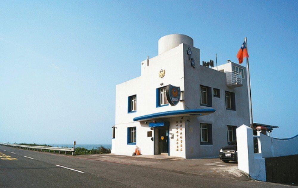 中角派出所宛若希臘式咖啡廳,造型亮眼令人驚豔。圖/聯合報系資料照片