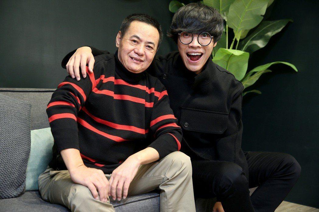 盧廣仲(右)與蔡振南(左)。記者余承翰/攝影