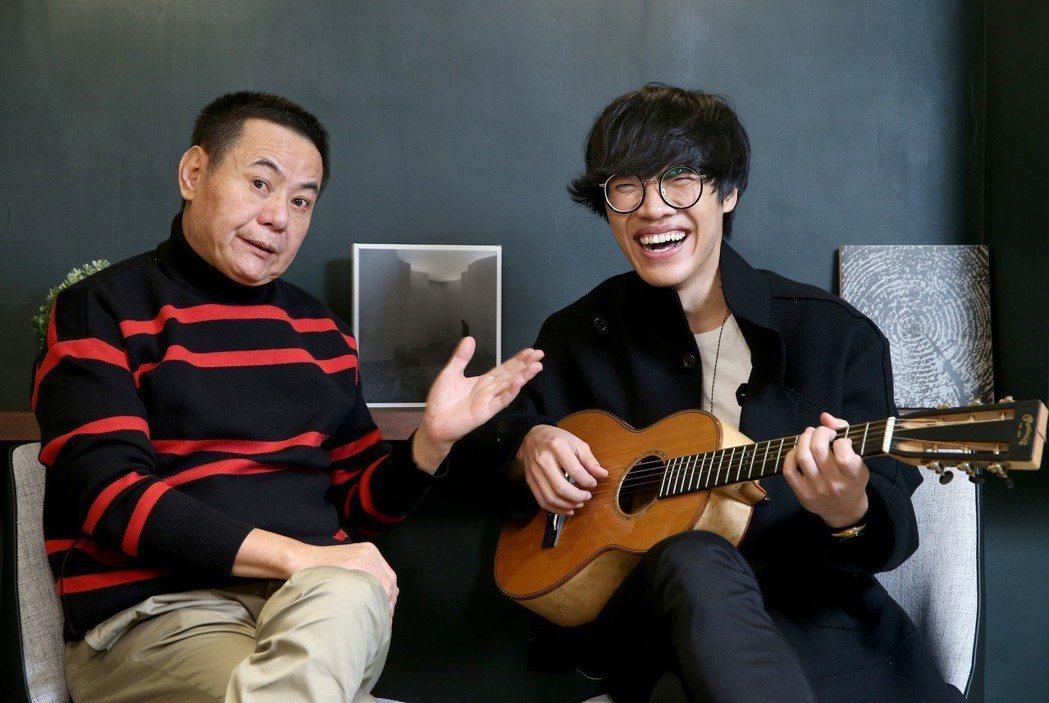 盧廣仲(右)與蔡振南(左)在賀歲國片「花甲大人轉男孩」中再度演出父子。
