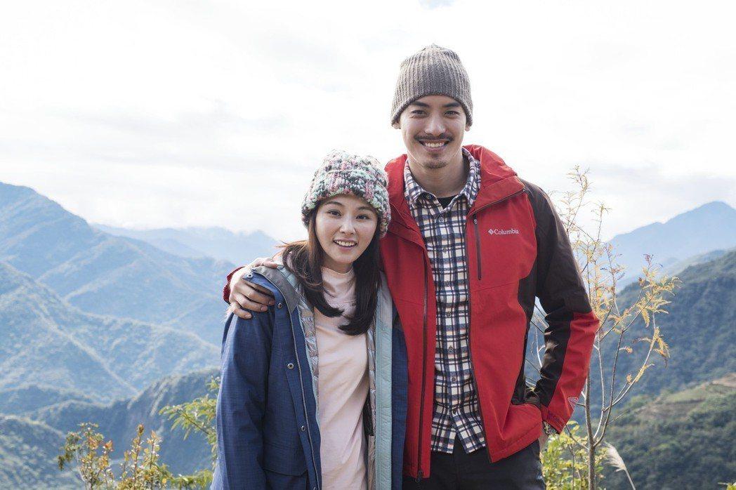陳怡蓉(左)與黃柏鈞在「雙城故事」中擦愛火。圖/青睞提供