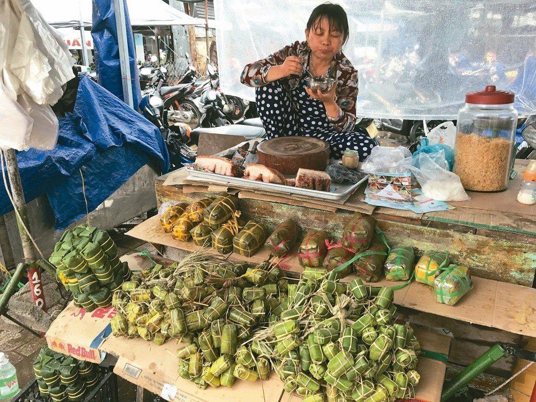 芽莊市場裡的商品琳瑯滿目。 記者黃日暉/攝影