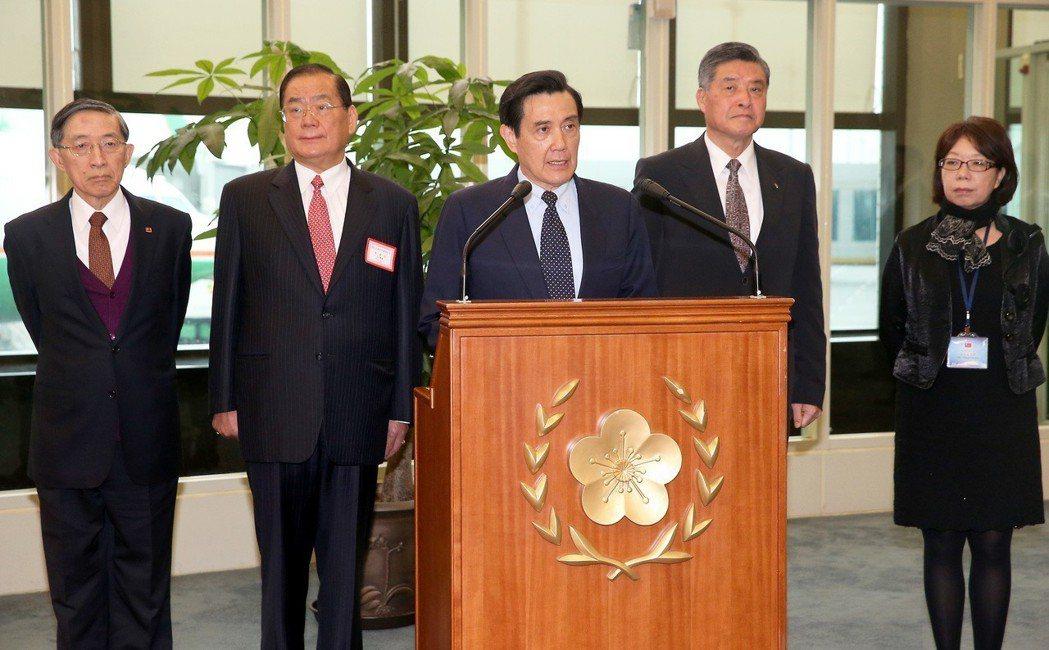2016年3月,馬英九總統(中)展開「久安專案」訪問行程 ,走訪中美洲瓜地馬拉與...