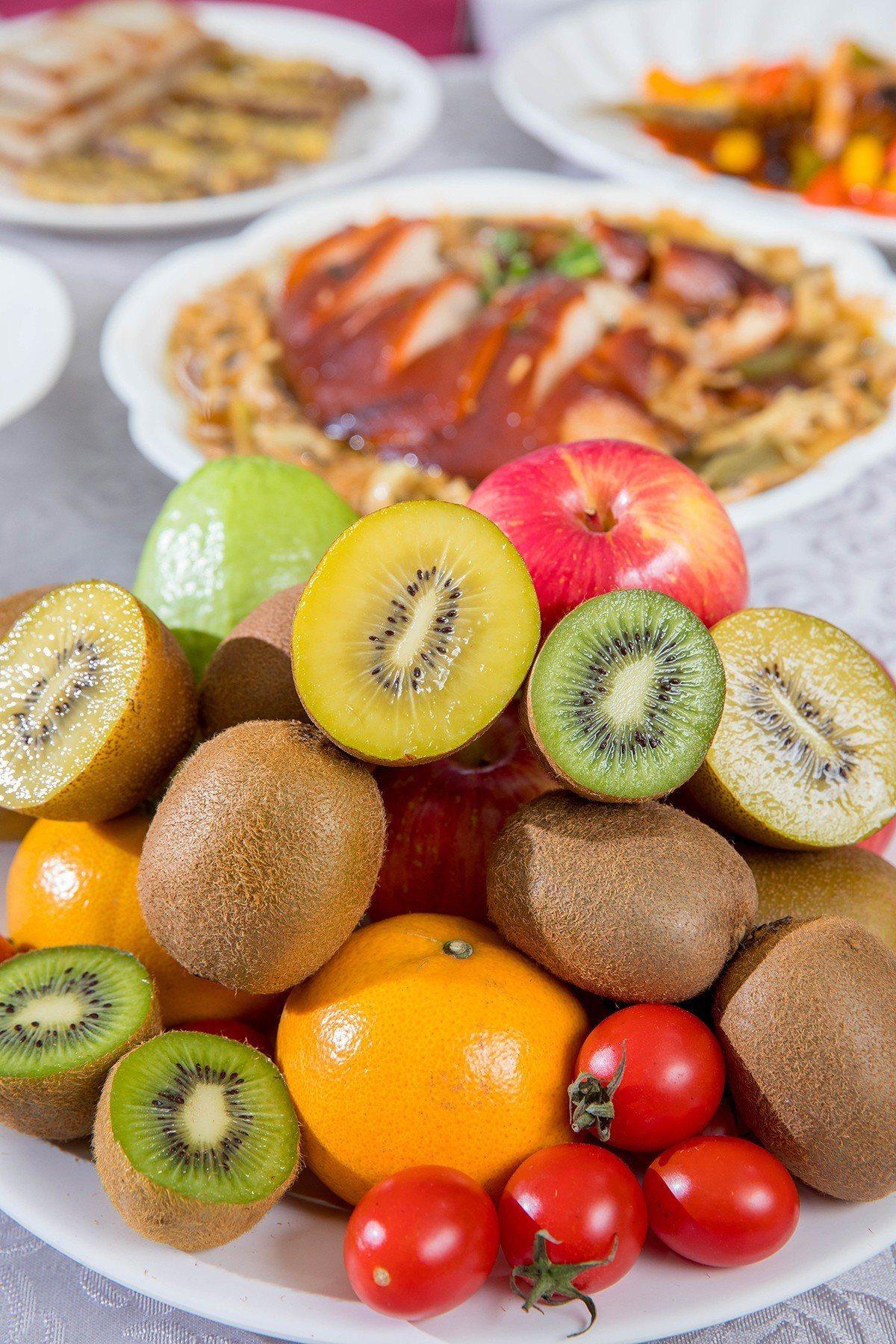 年節飲食高油脂,更要提高攝食蔬果的比例。 圖/王仁昌 提供