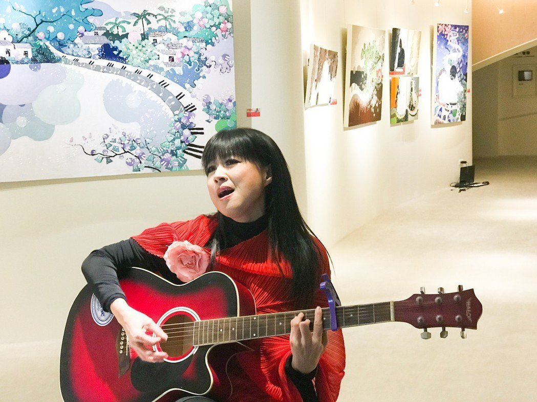 林小南傳頌音樂是有聲的繪畫,繪畫是無聲的音樂。 攝影/張世雅