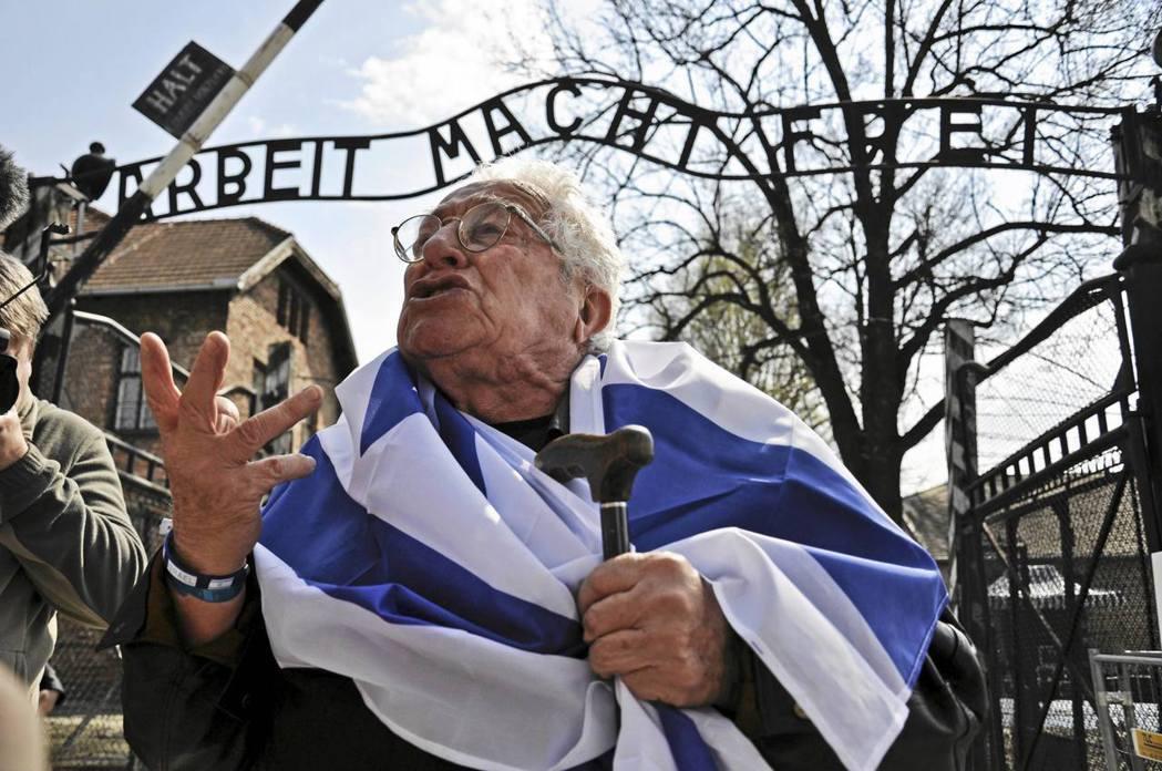 以色列與波蘭因敏感新法而針鋒相對,這樣的火藥味,正合執政黨喚起愛國情懷的胃口。圖...
