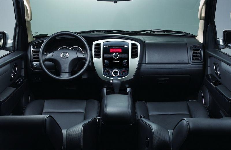 Mazda Tribute的內裝就與Escape差異不大。 摘自MAZDA