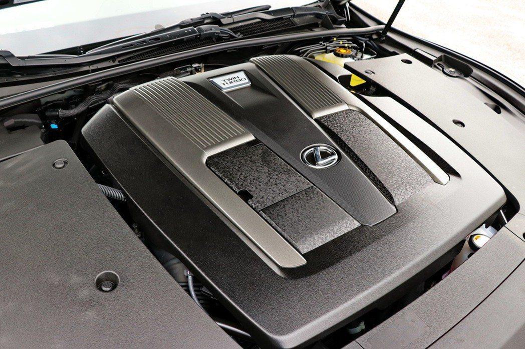 全新、兼顧高動力輸出以及優異耗能的3.5升V6雙渦輪增壓引擎。 記者陳威任/攝影