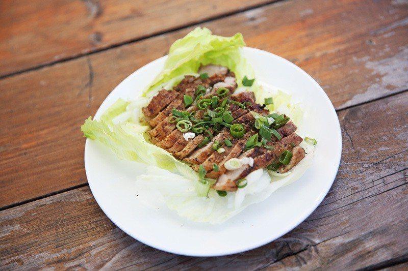 獨門山豬肉100元/山豬肉是最道地的原住民風味美食。