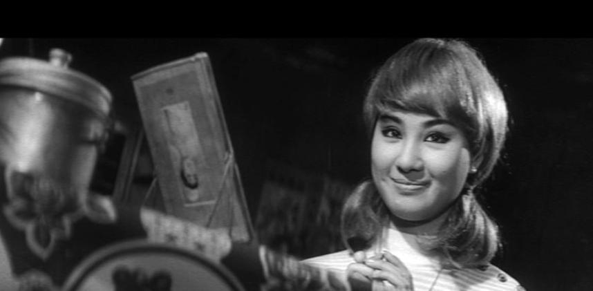 楊麗花在台語片時代演出「回來安平港」演出台荷混血兒,還扮成金髮造型。圖/華視提供