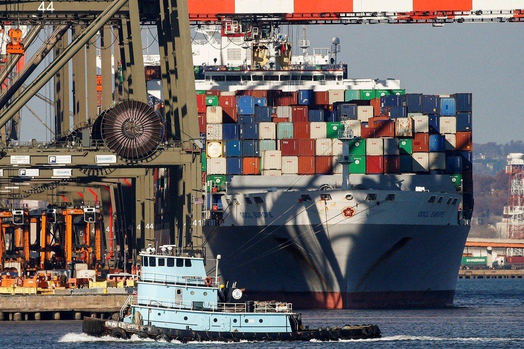 WTO經濟學家尼宜(Coleman Nee)表示:「成長仍高於趨勢水準,出口訂單...