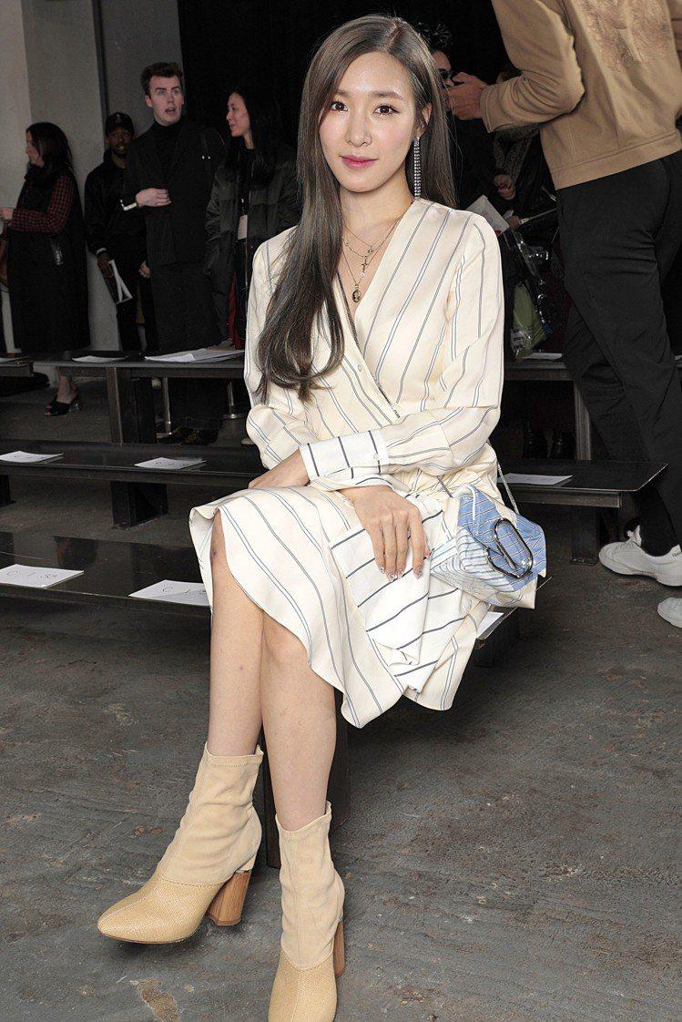 少女時代Tiffany也前往紐約參與3.1 Phillip Lim時裝秀。圖/3...