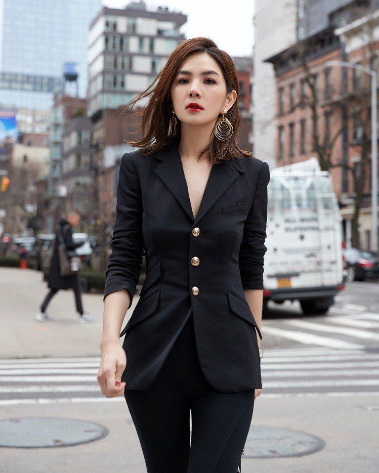 Ella帥氣出席Ralph Lauren 2018春季大秀。圖/取自IG