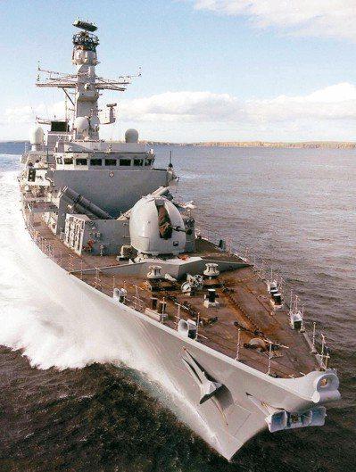 英國海軍「蘇德蘭」號巡防艦。 路透