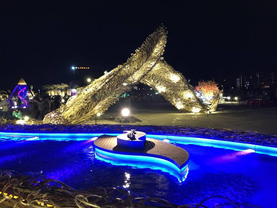 台灣燈會八大必看美燈之一農創再生燈區「人在艸木間」。 圖/嘉縣府提供