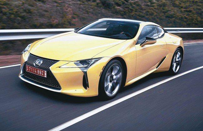 LEXUS旗下的雙門跑車LC車系推出以來受到全球市場熱烈迴響。 圖/LEXUS提...