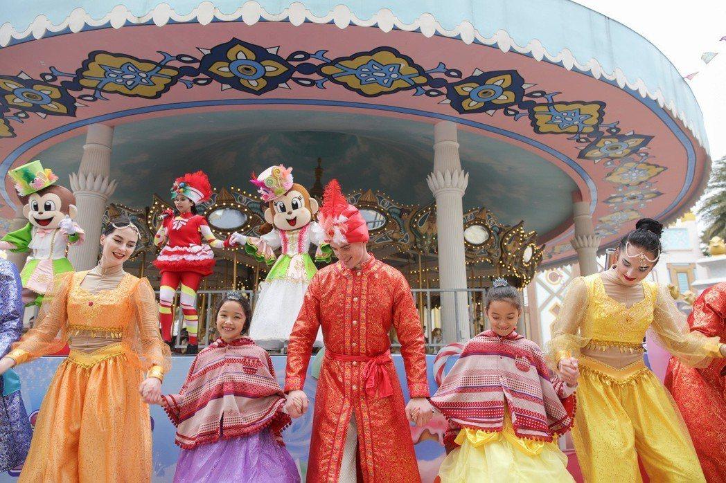 六福村「甜蜜魔宮-甜點嘉年華」慶典小公主們一起加入表演。六福村主題遊樂園/提供