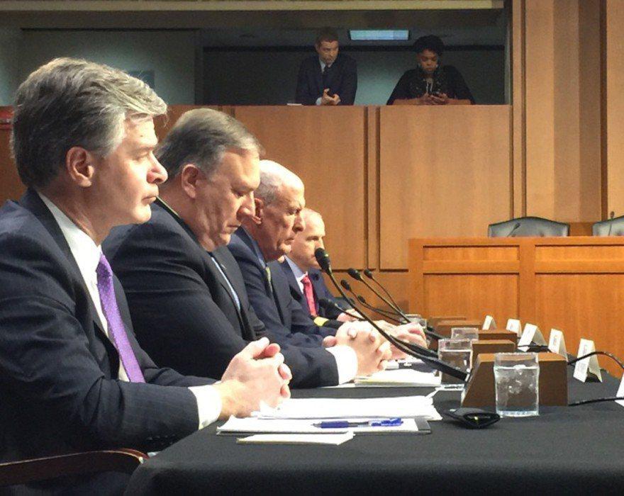 美國情報主管今天聚集國會參院,在情報委員會上作證,說明來自俄羅斯、中國網軍威脅力...