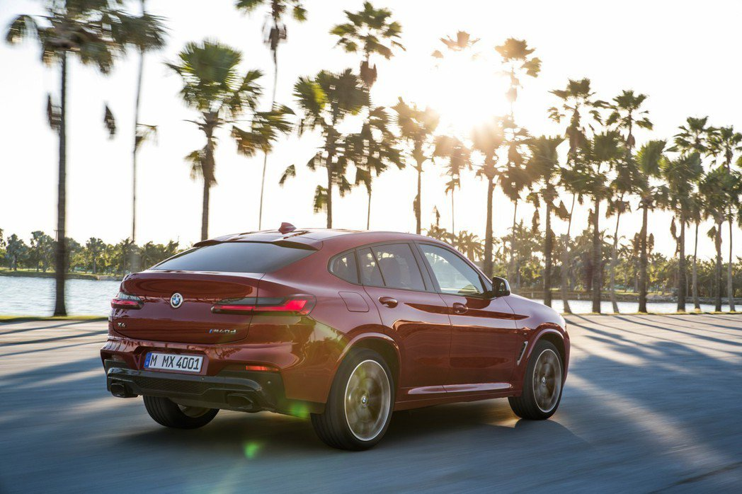 全新BMW X4(G02)。 摘自BMW