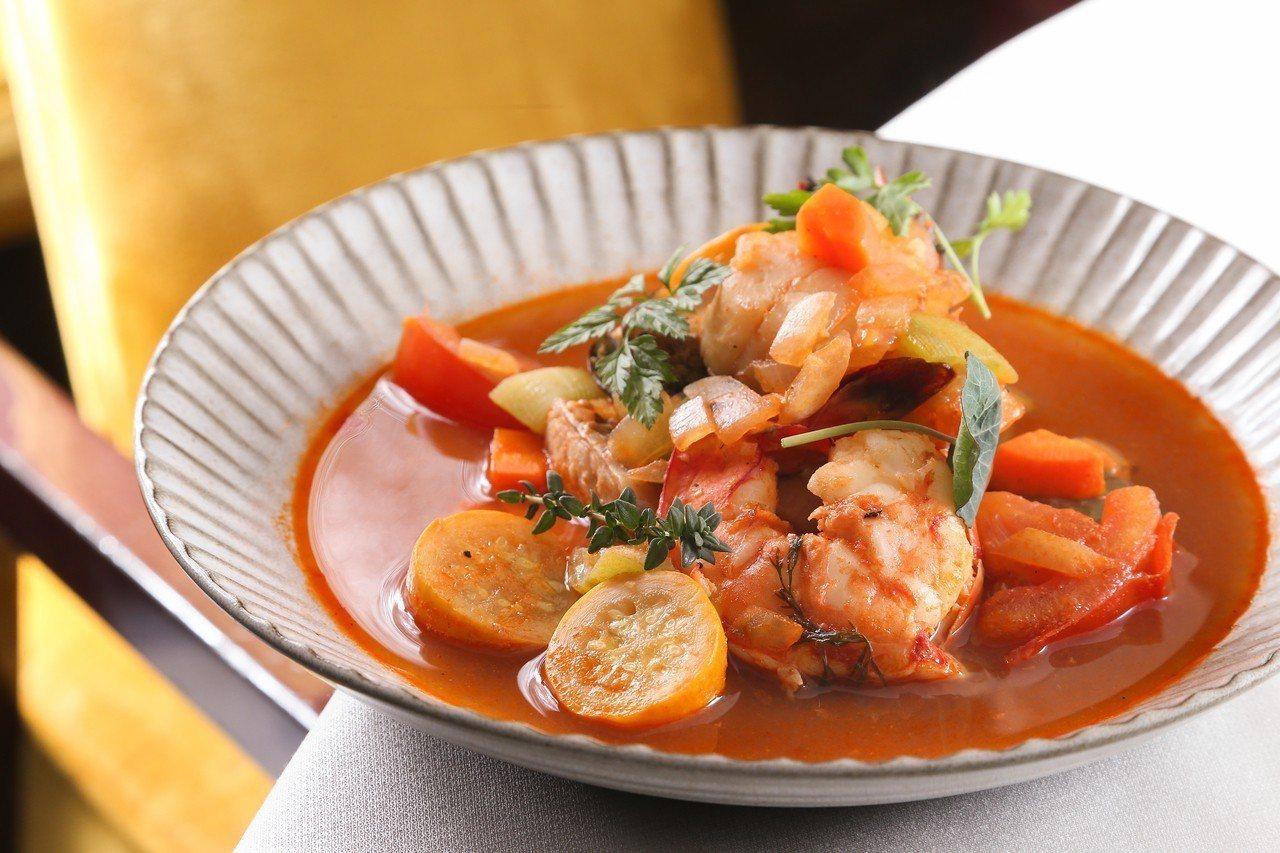 君法式馬賽海鮮湯。記者陳立凱/攝影