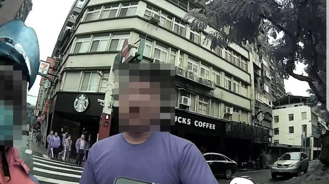 張姓男子酒駕被抓。記者廖炳棋/翻攝
