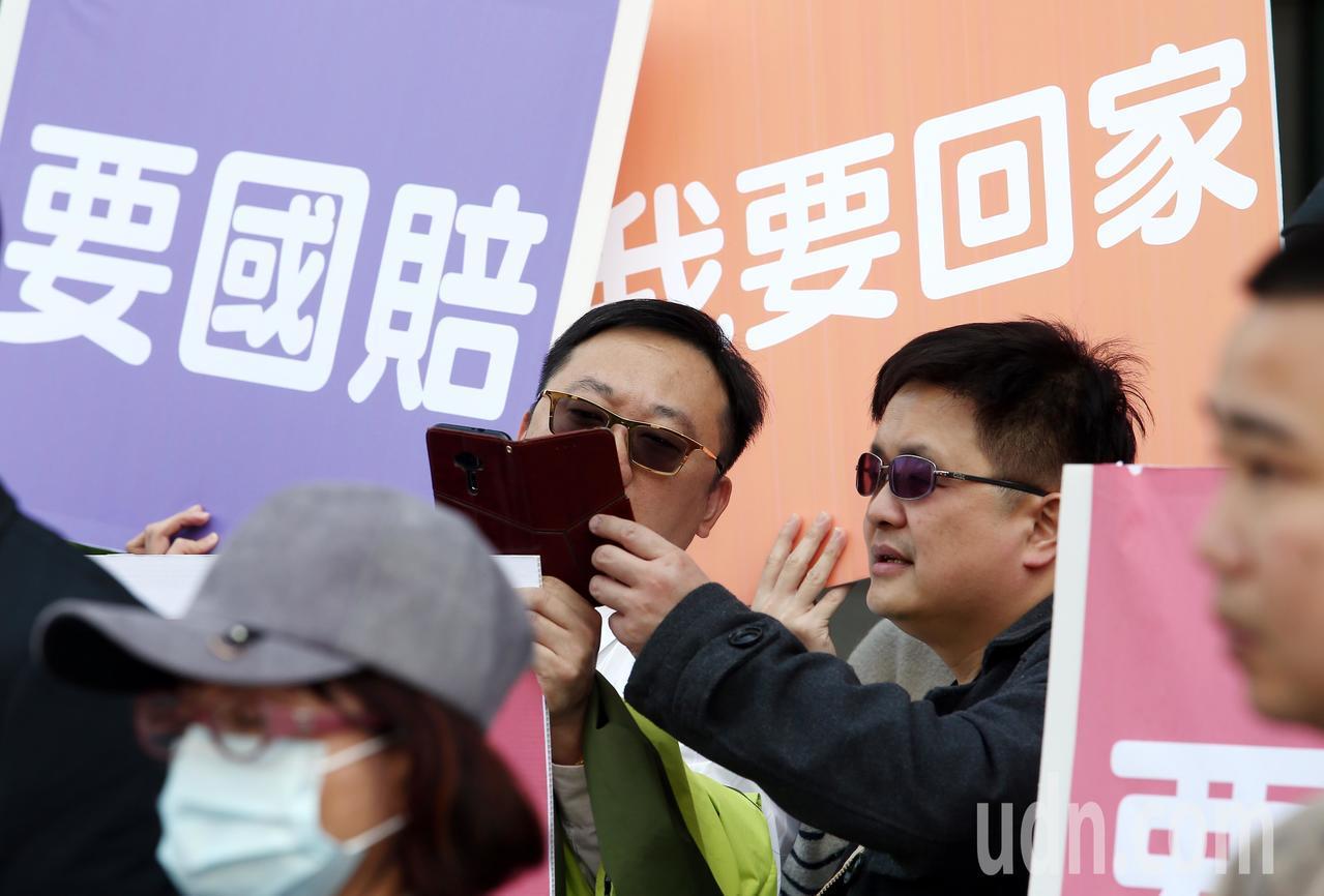 大陸啟動M503航路,政府以不批准春節加班機反制,「台灣學生聯誼總會」號召近百位...