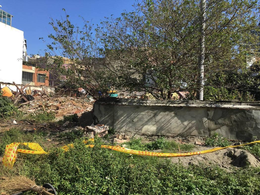 新竹太原第(溫宅)昨早遭怪手拆除,如今已夷為平地。 記者郭宣彣/攝影