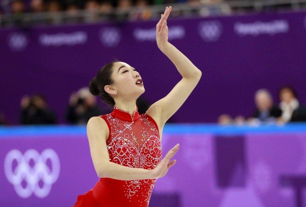長洲未來(圖)成為首位在冬季奧運作出艾克索三轉跳的美國花式滑冰女選手,紐約時報主...