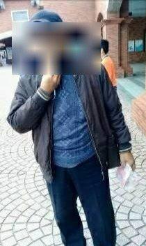 蔡姓竊賊穿著同一件衣服現身,台北市五分埔派出所員警尾隨、逮人。記者王宏舜/翻攝