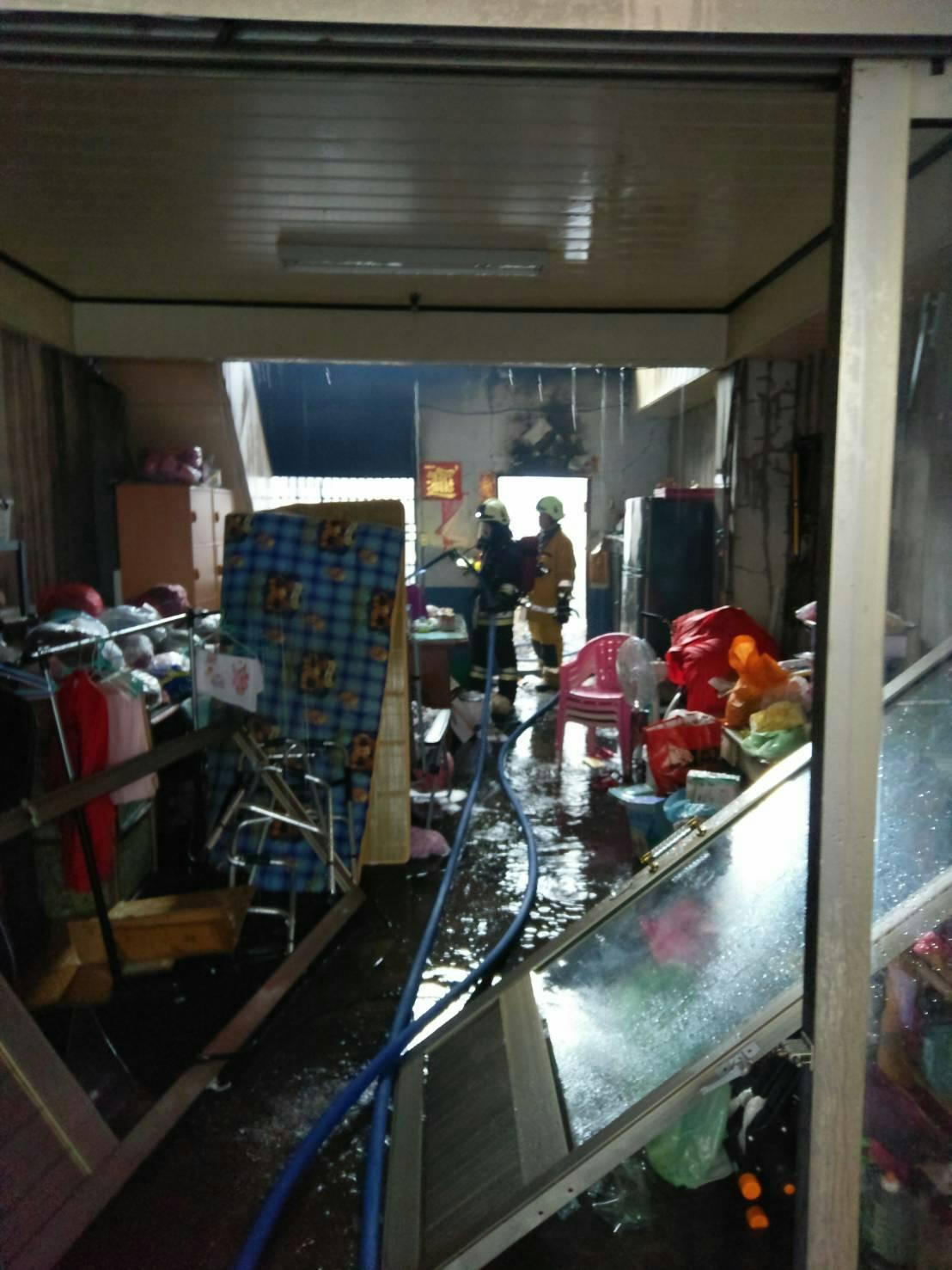 竹山鎮今天清晨發生火警,一對母子葬身火窟。圖/南投縣消防局提供