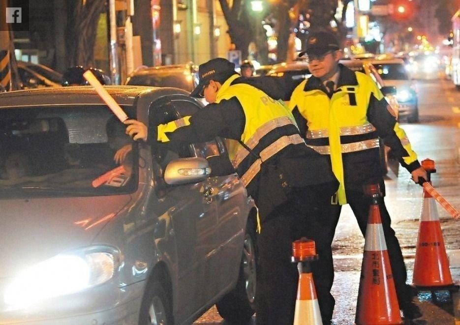 立法院交通委員會去年初審通過「道路交通管理處罰條例修正草案」拚下會期完成三讀。 ...
