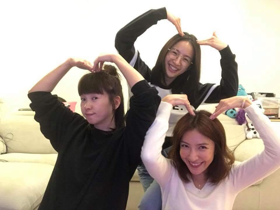 楊謹華(右起)、六月、林依晨帶另一半共度情人節。圖/摘自臉書