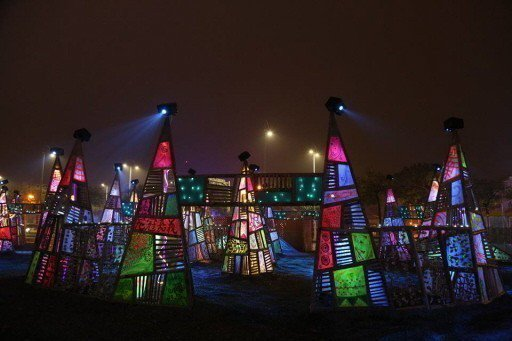 今年的燈會融合各式創作、造型,璀璨浪漫。 圖/葉文雄提供