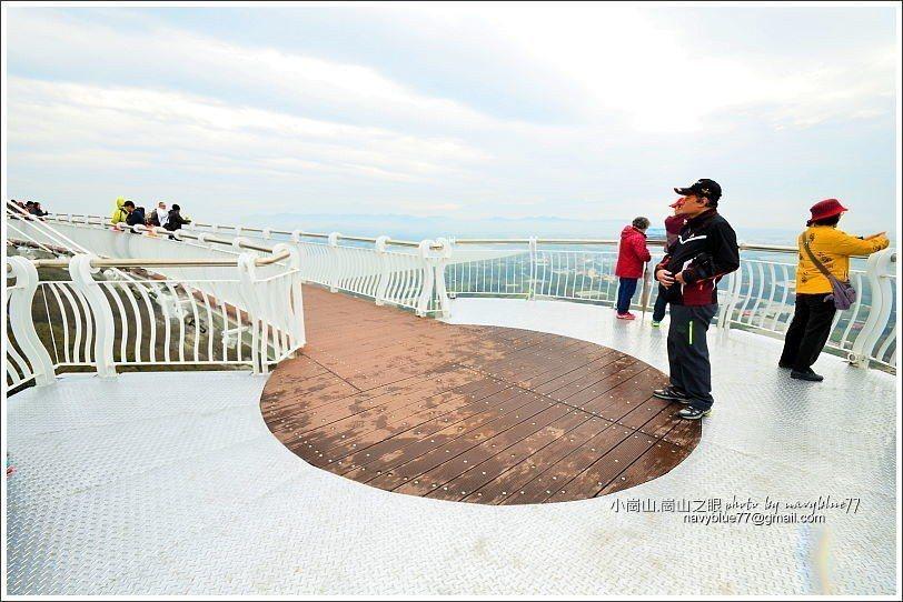 ↑南眺景平台是圓形的,很適合拍天空廊道。