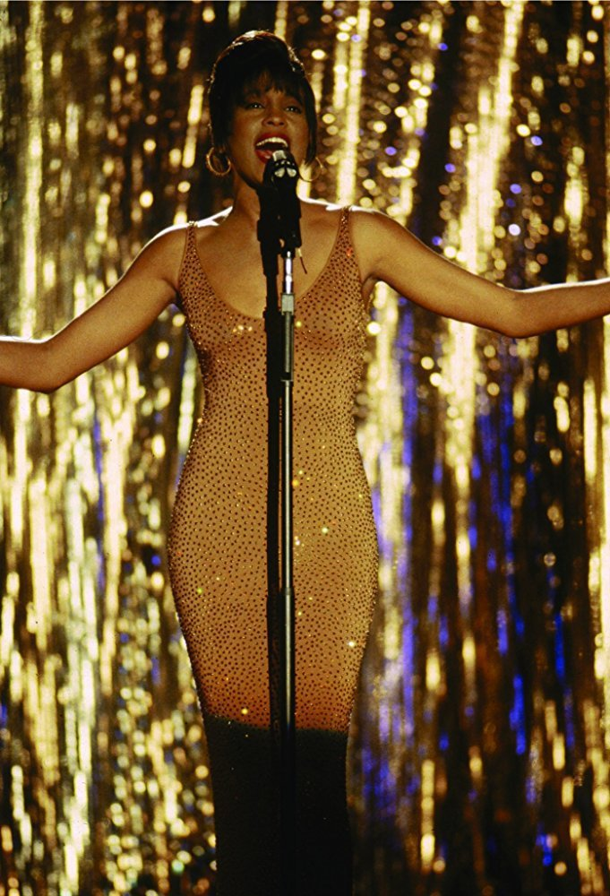 惠妮休斯頓歌而優則演,在「終極保鑣」的角色也是一位紅牌天后。圖/摘自imdb