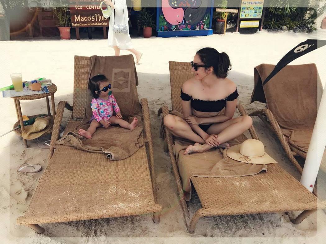 瑞莎與家人到宿霧旅遊慶生。圖/摘自臉書
