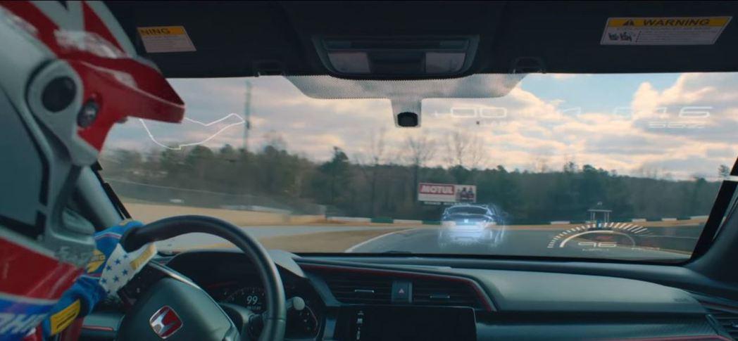 車手能隨時看見虛擬對手。 摘自HONDA