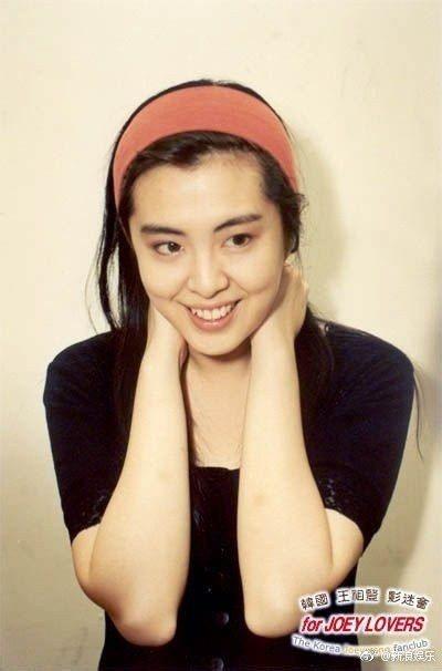 王祖賢當年擔任港姐決賽的嘉賓。 圖/擷自新浪娛樂微博