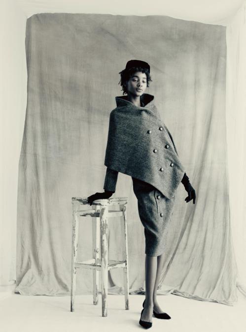攝影師Paolo Roversi最鍾愛的,是這幅Christian Dior設計...