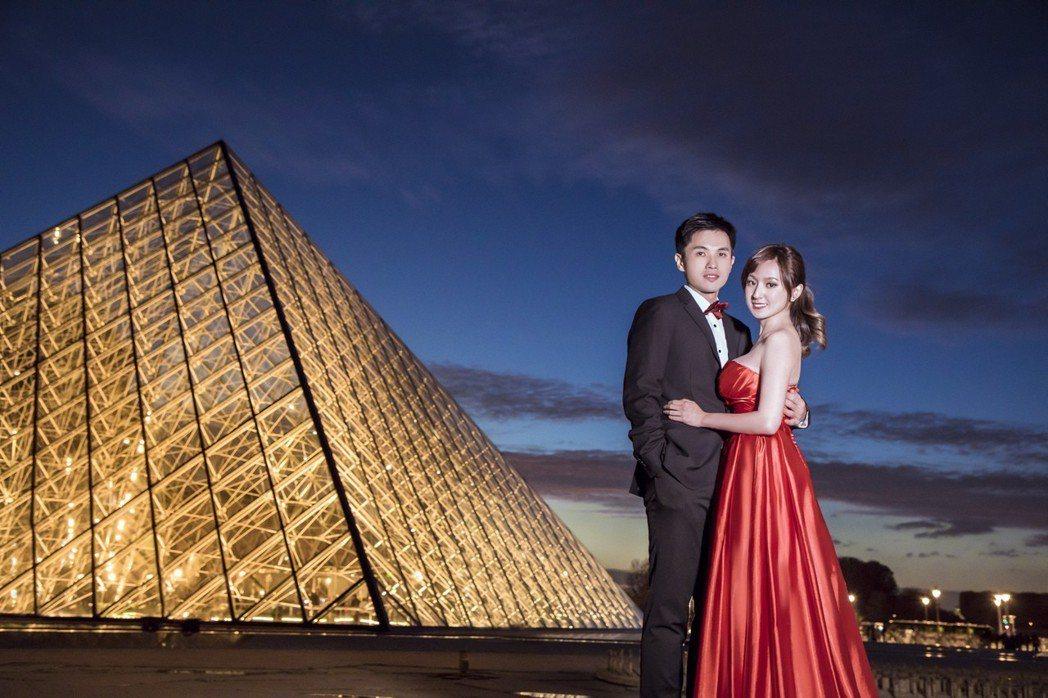 何庭歡和老公在法國拍婚紗照。圖/台視提供