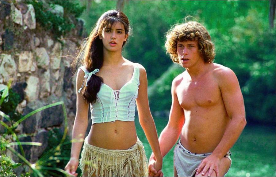 菲比凱絲與威利艾姆斯在「金童玉女」的造型很清涼。圖/摘自Movie Nostal...