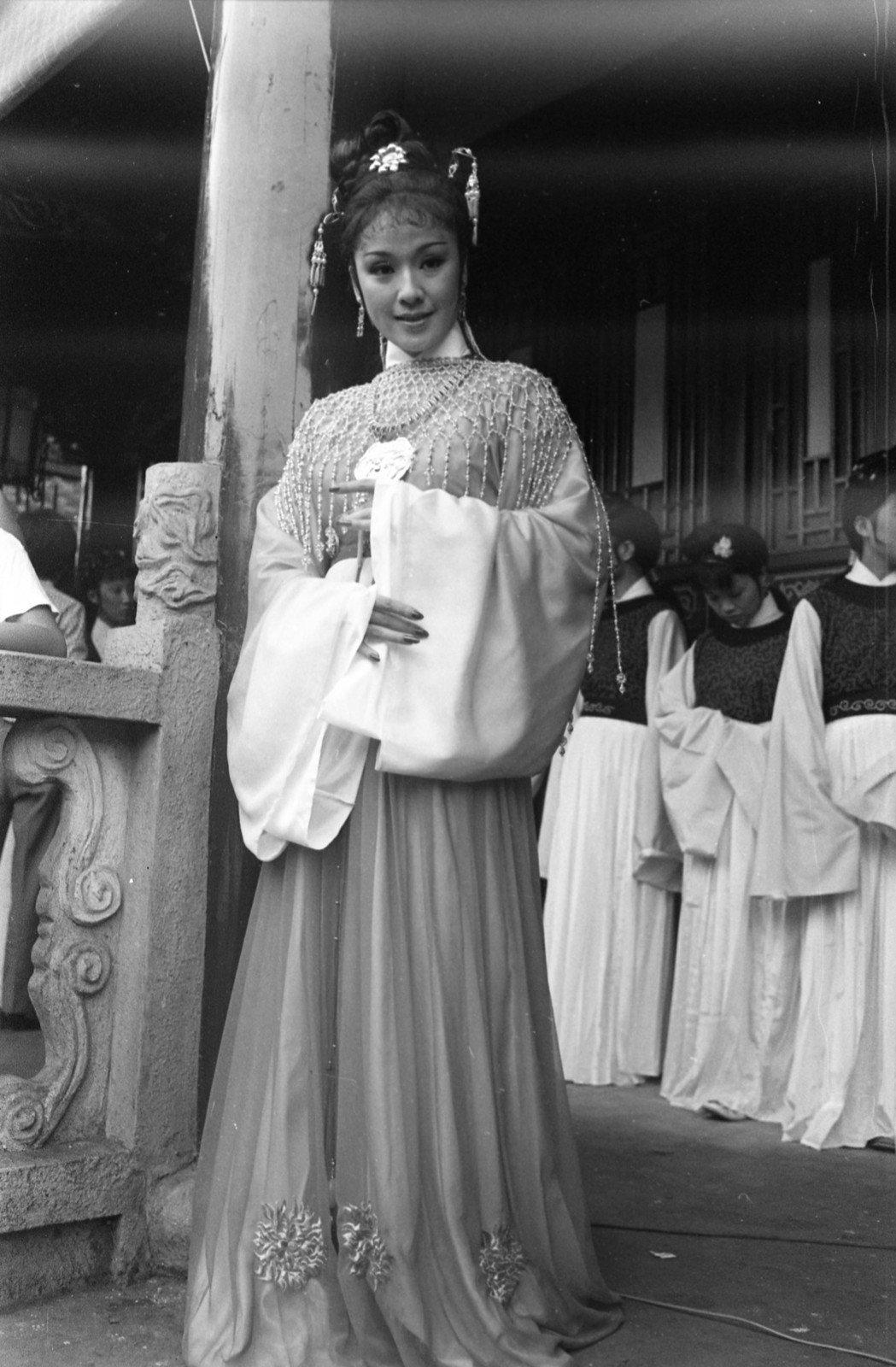 李菁曾來台演出「新紅樓夢」中的薛寶釵。圖/報系資料照片