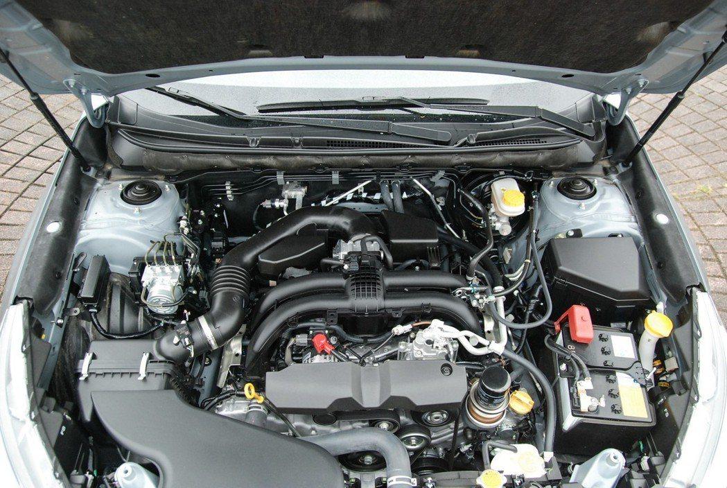 動力維持2.5 升Bower水平對臥自然進氣引擎,搭配招牌四驅系統與Linear...