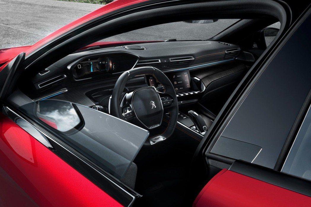無窗框的車門設計。 摘自Peugeot