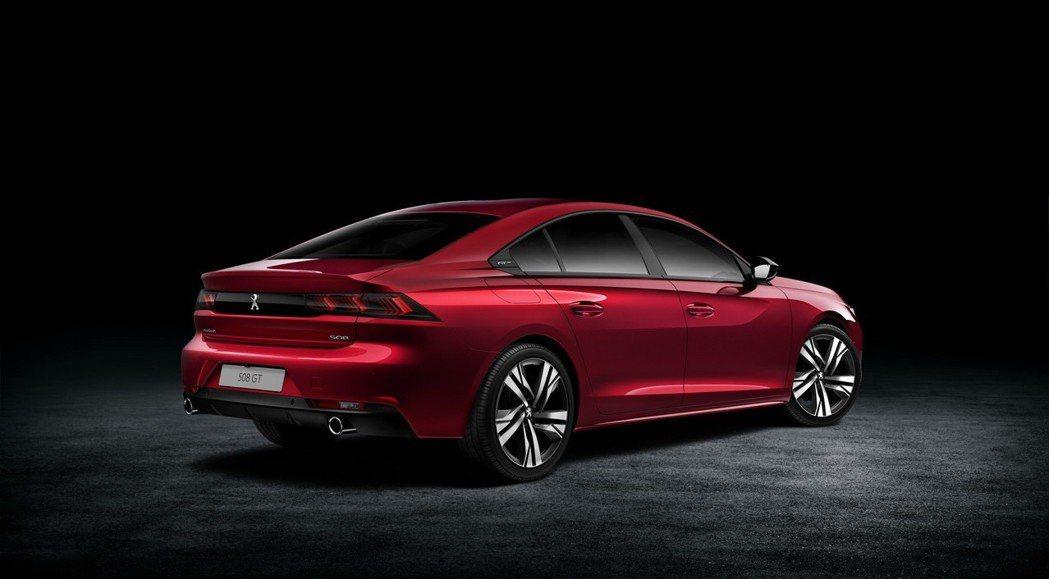 全新Peugeot 508首波車型共有五種動力編成。 摘自Peugeot