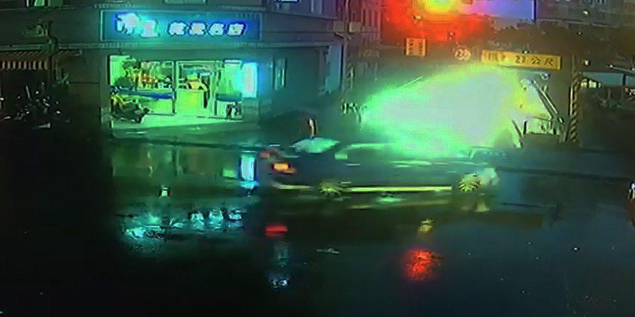 男子接女兒下課 酒駕3公里擦撞14輛汽機車3人傷