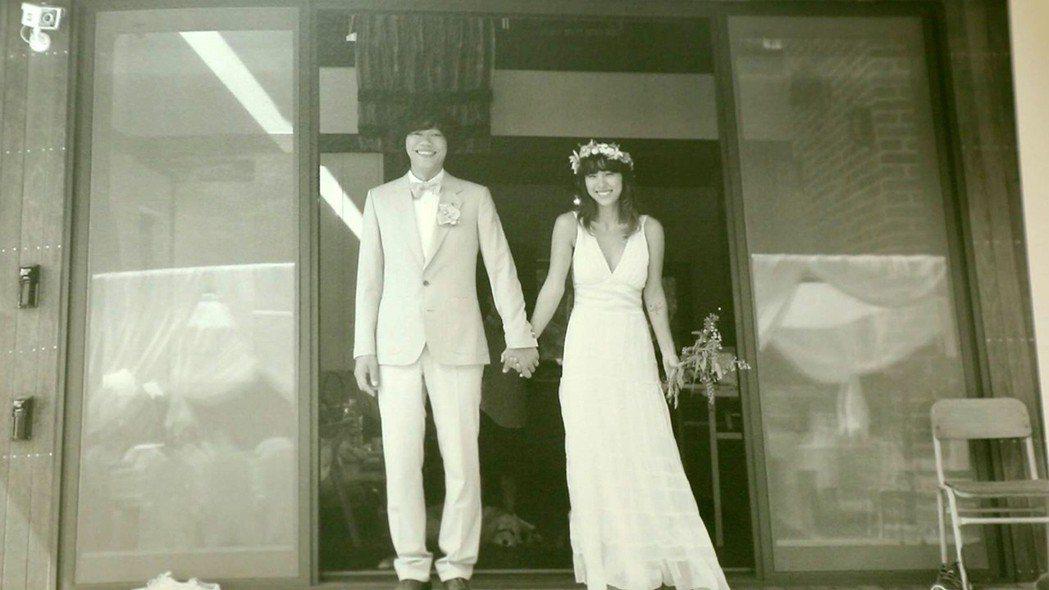 李孝利與李尚順於2013年結婚,定居於濟州島。圖/東森提供