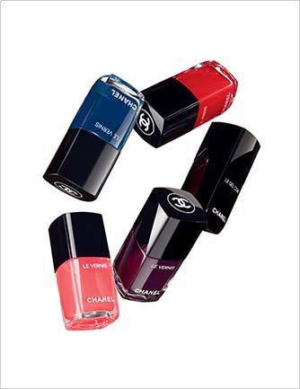 香奈兒時尚恆彩指甲油推出六款新色各850元。圖/香奈兒提供