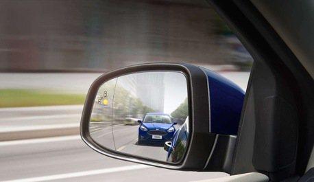汽機車和平共存?汽車尖端安全科技有對策!