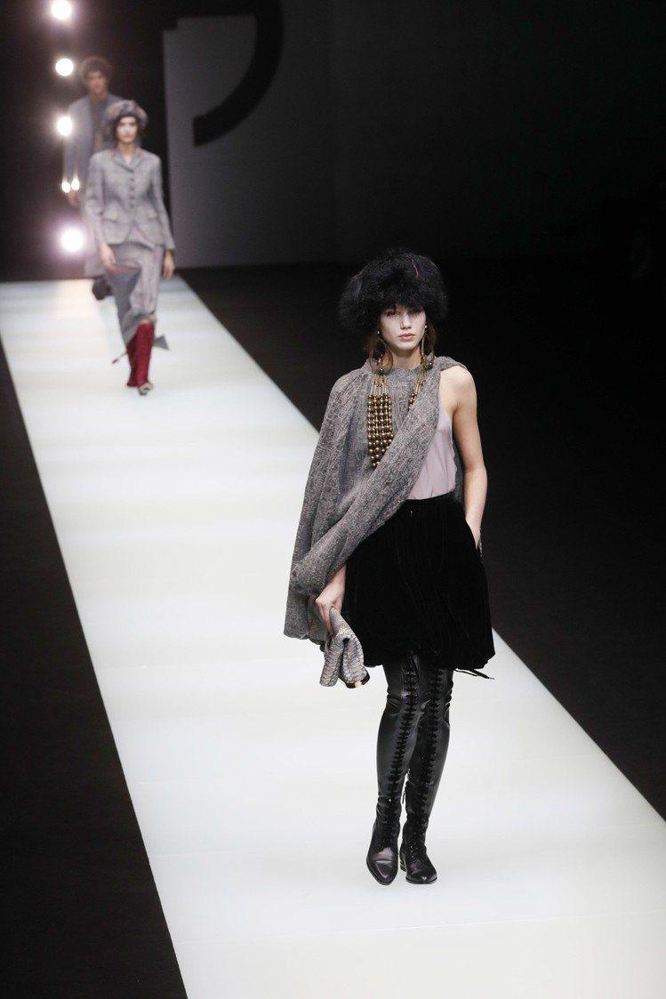 服飾文化的挪用是本季Giorgio Armani的概念之一。圖/美聯社